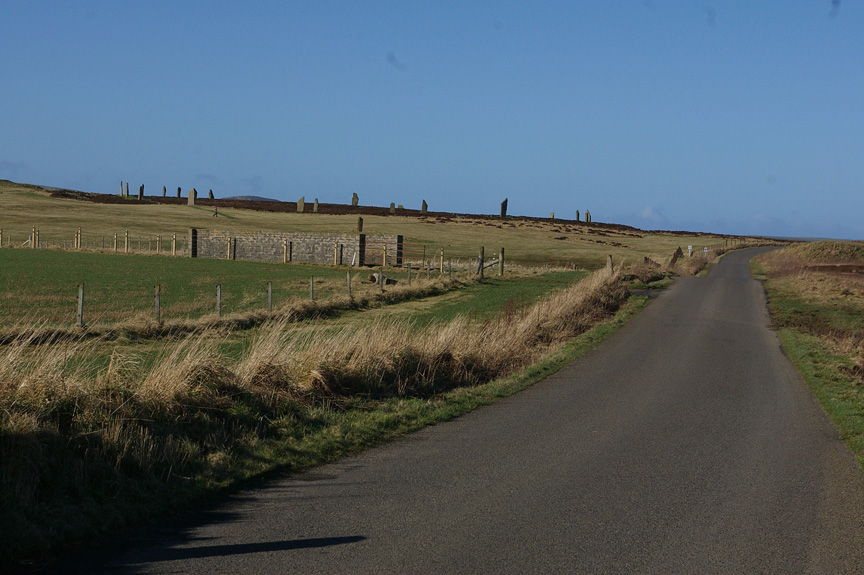 Walking to the Ring of Brodgar